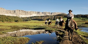 adventures-by-disney-north-america-wyoming-hero-01-scenic-horseback-ride