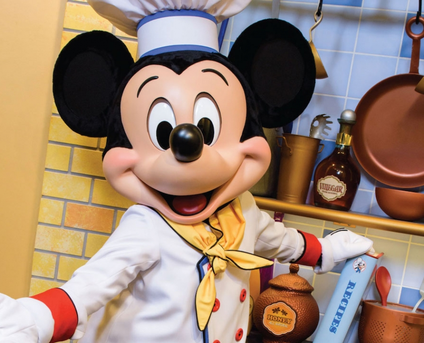 Mickey Mouse and Friends are Coming Back to Chef Mickey's in December!