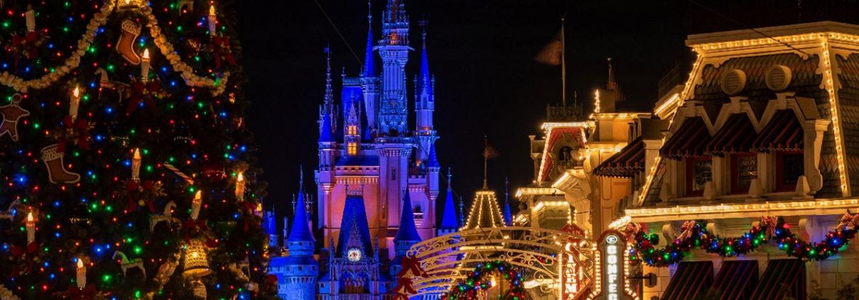 Christmas at Walt Disney World 2020