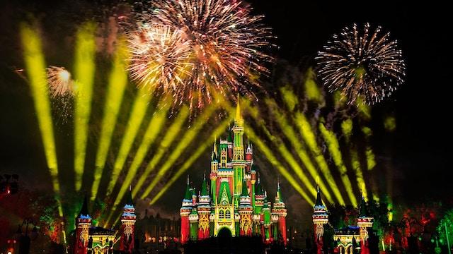 Christmas at Walt Disney World 2021